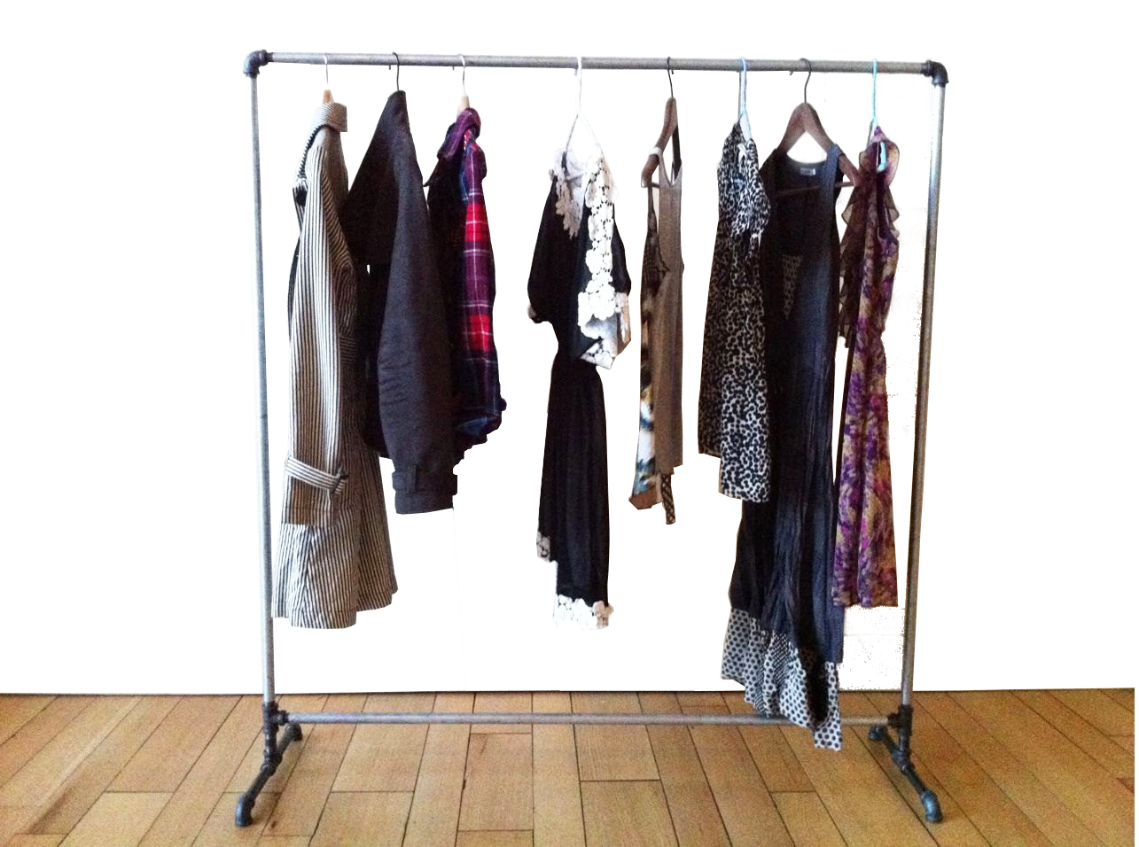 Wardrobe Organization Style Tip #1: in & out on your rack